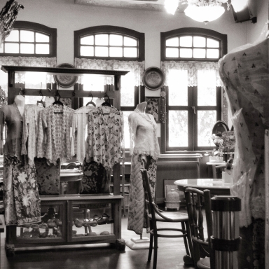 nonya-costumes-joo-chiat-singapore-IMG_4561-2