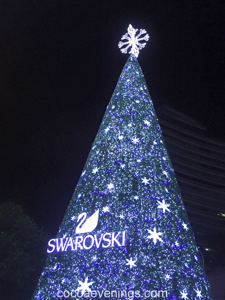 swarovski-crystal-christmas-tree-2015