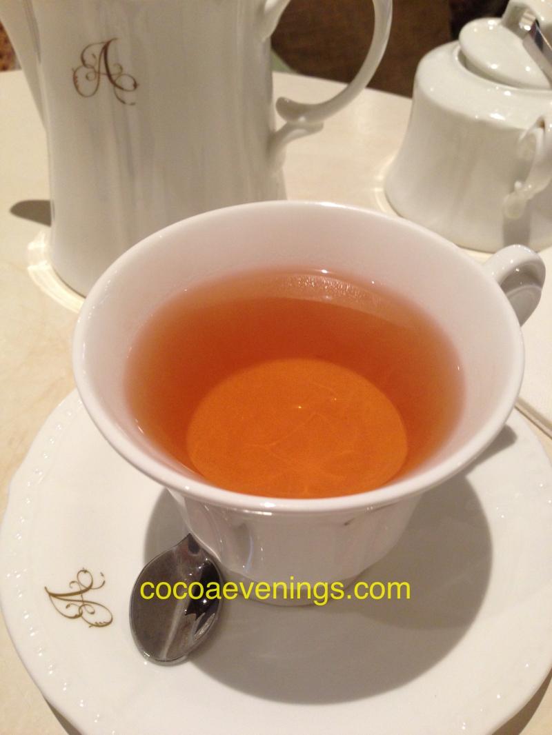 tea-teapot-teacup-marie-antoinette