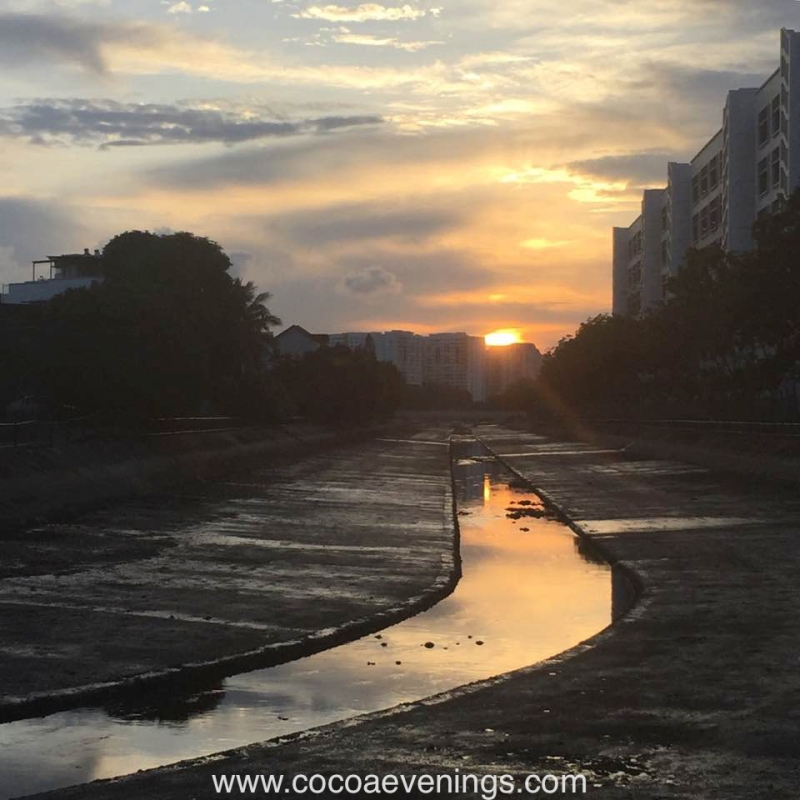 tanah-merah-canal-sunset-singapore-reflection-sunlight-sun